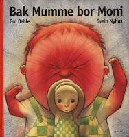 Bak Mumme bor Moni